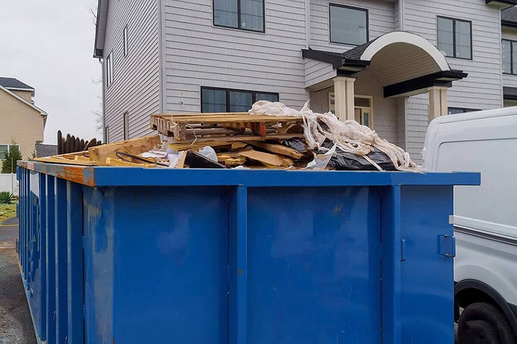 Services-Myrtle Beach Dumpster Rental & Junk Removal Services-We Offer Residential and Commercial Dumpster Removal Services, Portable Toilet Services, Dumpster Rentals, Bulk Trash, Demolition Removal, Junk Hauling, Rubbish Removal, Waste Containers, Debris Removal, 20 & 30 Yard Container Rentals, and much more!