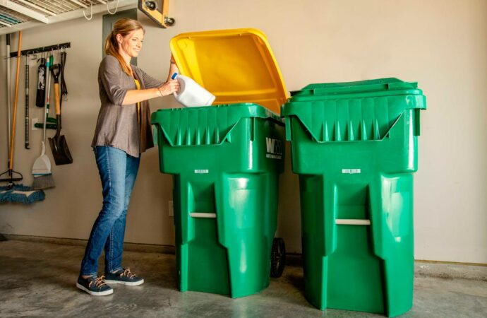 Surfside-Beach-Myrtle-Beach-Dumpster-Rental-Junk-Removal-Services-We Offer Residential and Commercial Dumpster Removal Services, Portable Toilet Services, Dumpster Rentals, Bulk Trash, Demolition Removal, Junk Hauling, Rubbish Removal, Waste Containers, Debris Removal, 20 & 30 Yard Container Rentals, and much more!